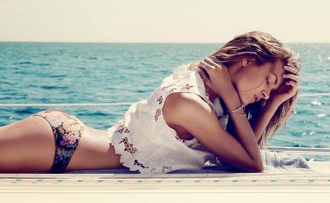 Nét gợi cảm của 'thiên thần' Victoria's Secret thứ 16