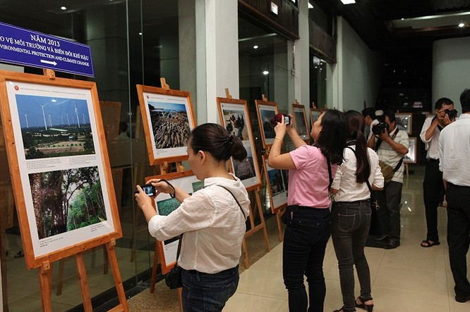 Rực rỡ triển lãm ảnh, phim phóng sự và tài liệu trong Cộng đồng ASEAN 2016 ảnh 13