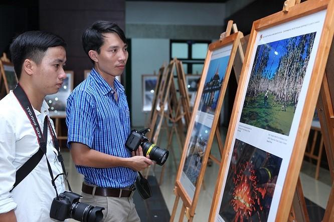 Rực rỡ triển lãm ảnh, phim phóng sự và tài liệu trong Cộng đồng ASEAN 2016 ảnh 15