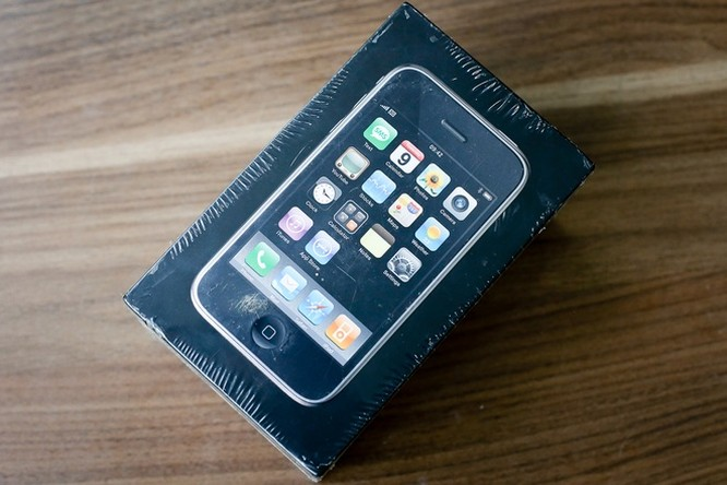 Cận cảnh iPhone 3G hàng hiếm giá 50 triệu đồng ở Việt Nam ảnh 2