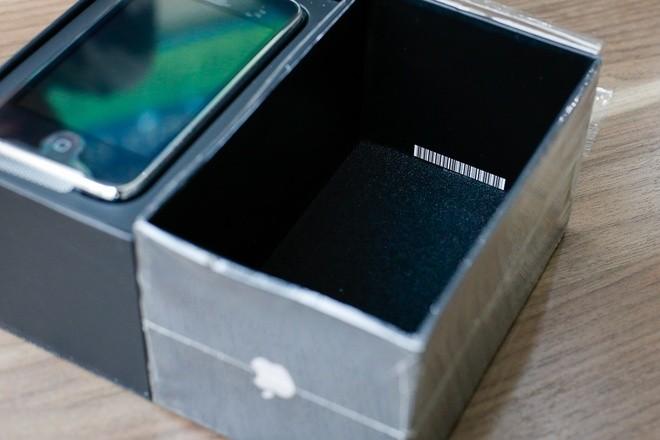 Cận cảnh iPhone 3G hàng hiếm giá 50 triệu đồng ở Việt Nam ảnh 5