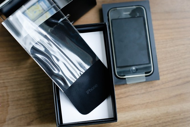 Cận cảnh iPhone 3G hàng hiếm giá 50 triệu đồng ở Việt Nam ảnh 6