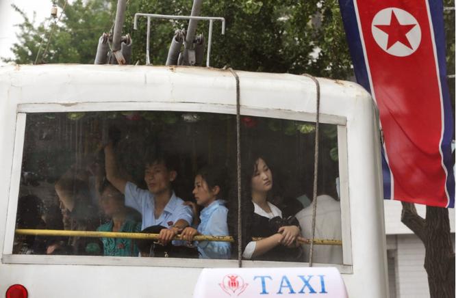 Những hình ảnh Kim Jong-un không muốn để lọt ra ngoài biên giới Triều Tiên ảnh 2