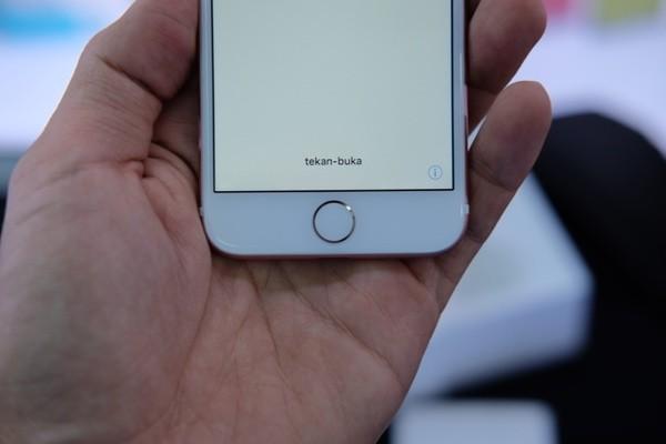 Mở hộp iPhone 7 đầu tiên về Việt Nam, giá gần 34 triệu đồng ảnh 8