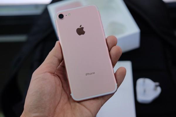 Mở hộp iPhone 7 đầu tiên về Việt Nam, giá gần 34 triệu đồng ảnh 13