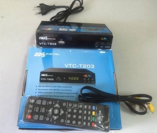 Hà Nội: Thu giữ lô hàng đầu thu truyền hình làm giả nhãn hiệu VTC ảnh 2