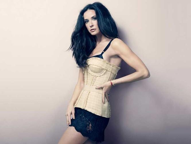 Angelina Jolie lọt top 10 nữ diễn viên giàu nhất thế giới ảnh 7