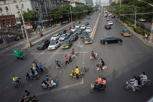 Trung Quốc 'xoá sổ' xe máy ở các thành phố lớn như thế nào? ảnh 1