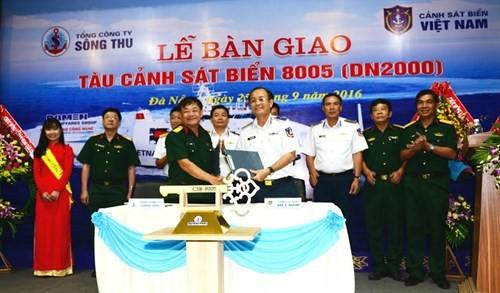 Việt Nam chính thức nhận bàn giao tàu CSB 8005 (video) ảnh 1