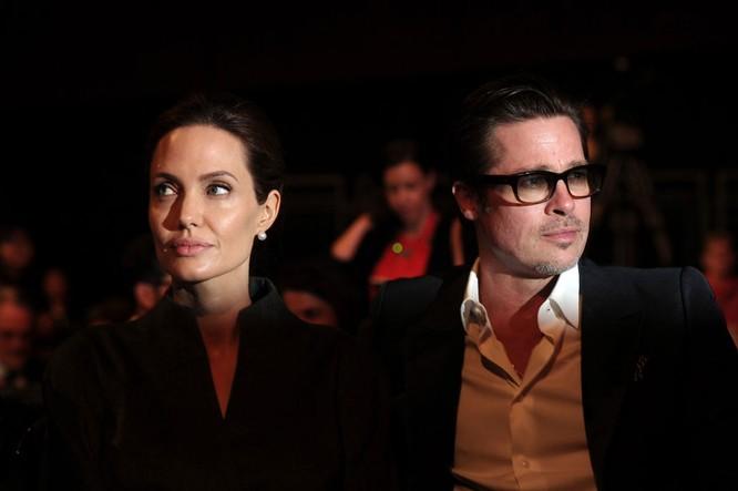 ác diễn viên Mỹ Angelina Jolie và Brad Pitt Đọc thêm: http://vn.sputniknews.com/photo/20160921/2410442/angelina-jolie-brad-pitt.html