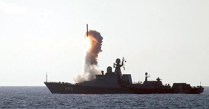 """Cặp """"báo biển"""" mới của Việt Nam trang bị tên lửa gì? ảnh 2"""