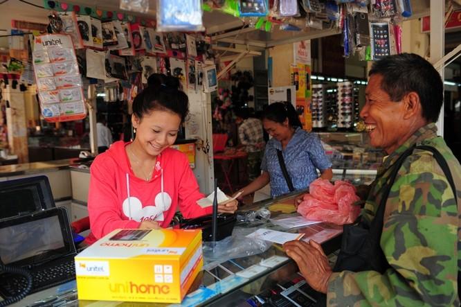Doanh thu lũy kế liên doanh Viettel tại Lào cán mốc 1 tỷ USD ảnh 1