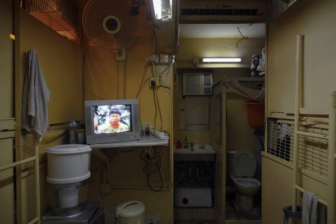 Cuộc sống trong những căn nhà siêu nhỏ khắp nơi trên thế giới ảnh 21
