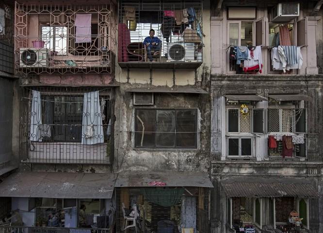 Cuộc sống trong những căn nhà siêu nhỏ khắp nơi trên thế giới ảnh 7