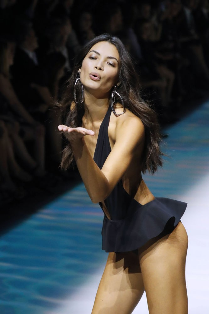 Mãn nhãn màn trình diễn tại Tuần lễ thời trang Paris 2016 ảnh 11