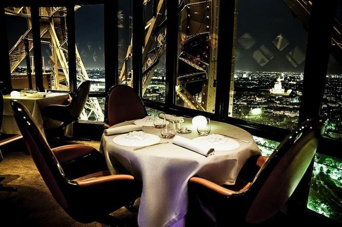 """Top 23 nhà hàng có """"view"""" đẹp nhất thế giới ảnh 13"""