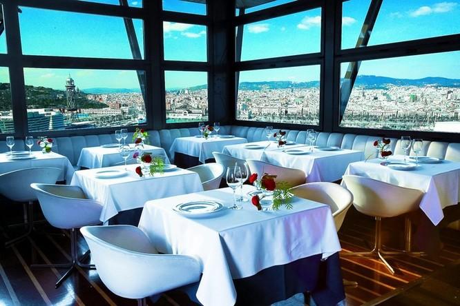 """Top 23 nhà hàng có """"view"""" đẹp nhất thế giới ảnh 6"""