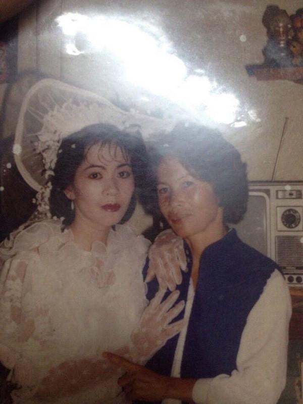 Bồi hồi ngắm lại những tấm ảnh cưới 20 năm có lẻ ảnh 6