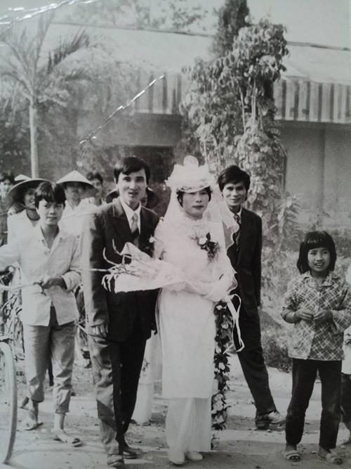 Bồi hồi ngắm lại những tấm ảnh cưới 20 năm có lẻ ảnh 10