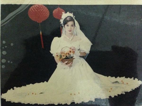 Bồi hồi ngắm lại những tấm ảnh cưới 20 năm có lẻ ảnh 4