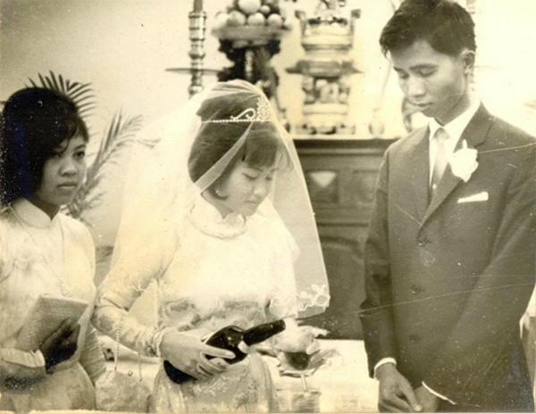Bồi hồi ngắm lại những tấm ảnh cưới 20 năm có lẻ ảnh 5