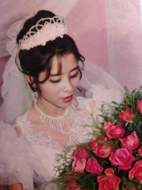 Bồi hồi ngắm lại những tấm ảnh cưới 20 năm có lẻ ảnh 23