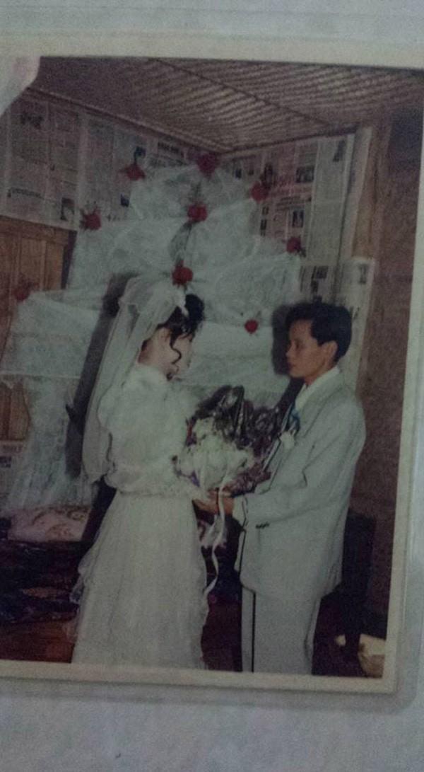 Bồi hồi ngắm lại những tấm ảnh cưới 20 năm có lẻ ảnh 12