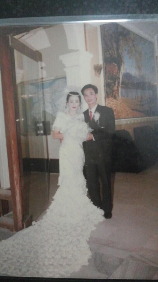 Bồi hồi ngắm lại những tấm ảnh cưới 20 năm có lẻ ảnh 13