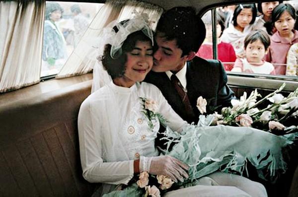 Bồi hồi ngắm lại những tấm ảnh cưới 20 năm có lẻ ảnh 8