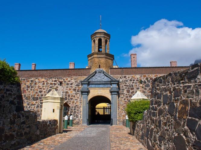 10 tòa lâu đài giới săn ma ước được đến một lần ảnh 9