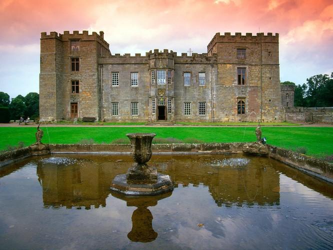 10 tòa lâu đài giới săn ma ước được đến một lần ảnh 3