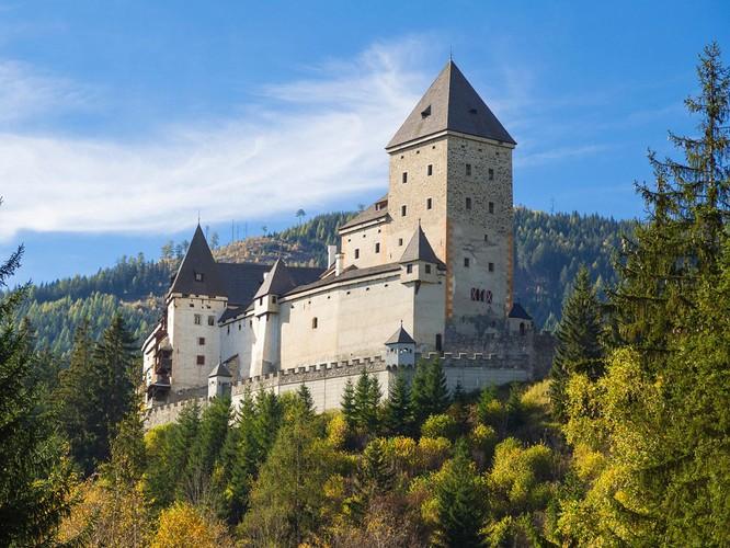 10 tòa lâu đài giới săn ma ước được đến một lần ảnh 8