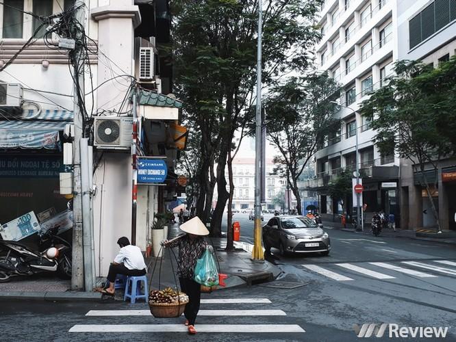 Một thoáng Sài Gòn qua ảnh chụp từ Galaxy J7 Prime ảnh 8