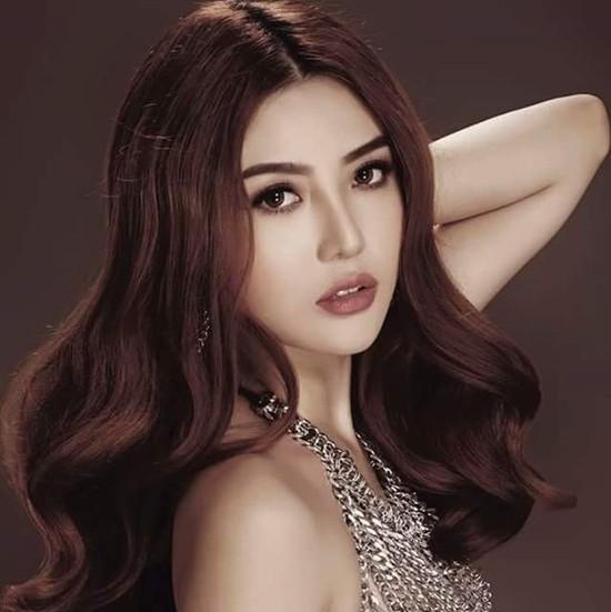 Video: Ngắm nhan sắc hotgirl Việt vừa đăng quang Nữ hoàng sắc đẹp toàn cầu 2016 ảnh 8