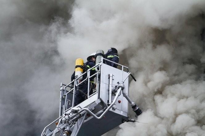 13 người chết cháy ở Cầu Giấy, Thủ tướng yêu cầu khẩn trương tìm người mắc kẹt ảnh 7
