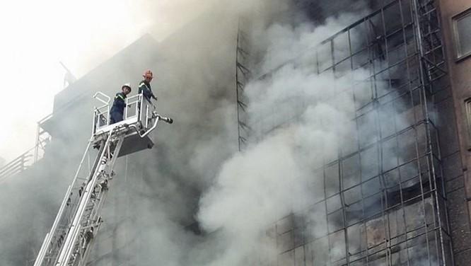 13 người chết cháy ở Cầu Giấy, Thủ tướng yêu cầu khẩn trương tìm người mắc kẹt ảnh 5