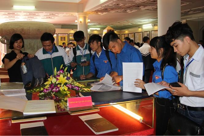 Triển lãm chủ quyền Hoàng Sa, Trường Sa tại tỉnh Hà Nam ảnh 3