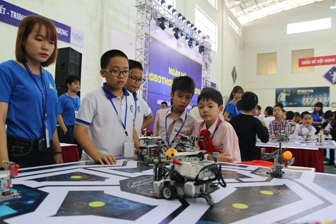 """65 đội """"kỹ sư robot"""" nhí giành vé dự thi quốc tế tại Malaysia ảnh 4"""