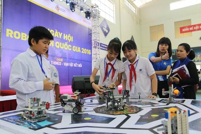 """65 đội """"kỹ sư robot"""" nhí giành vé dự thi quốc tế tại Malaysia ảnh 1"""