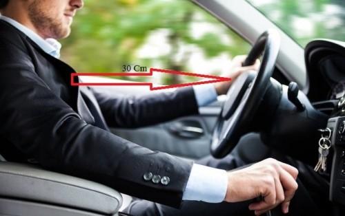 Tư thế ngồi thế nào cho đúng với tài xế mới? ảnh 3