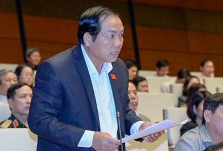 Ông Lê Hồng Tịnh, Phó Chủ nhiệm Ủy ban Khoa học, Công nghệ và Môi trường của Quốc hội.