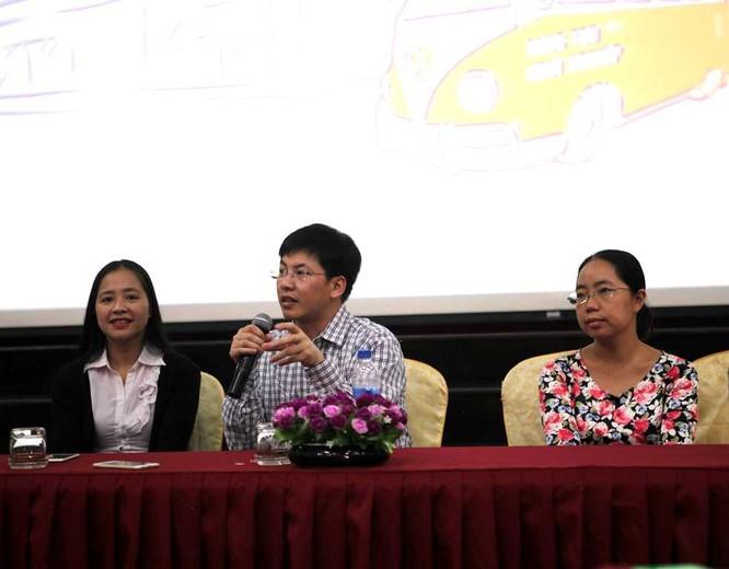 Từ trái qua: Bà Lê Thúy Hạnh, ông Trần Việt Hùng và bà Nguyễn Đặng Tuấn Minh