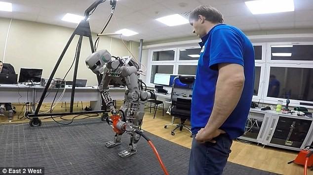 Choáng với các Robot Nga chuẩn bị chinh phục mặt trăng ảnh 7