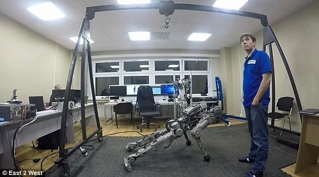 Choáng với các Robot Nga chuẩn bị chinh phục mặt trăng ảnh 8