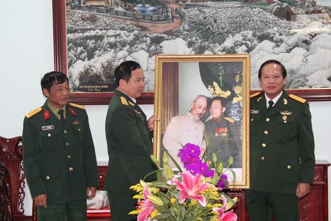 Bộ trưởng Trương Minh Tuấn thăm hỏi, động viên CBCS và nhân dân trên địa bàn huyện Đình Lập ảnh 9
