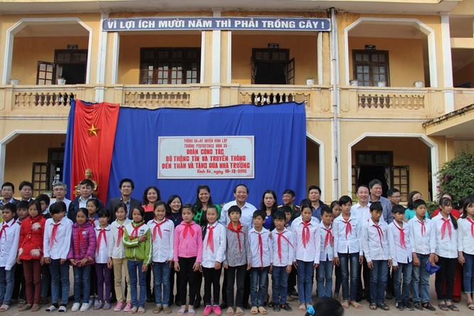 Bộ trưởng Trương Minh Tuấn thăm hỏi, động viên CBCS và nhân dân trên địa bàn huyện Đình Lập ảnh 8
