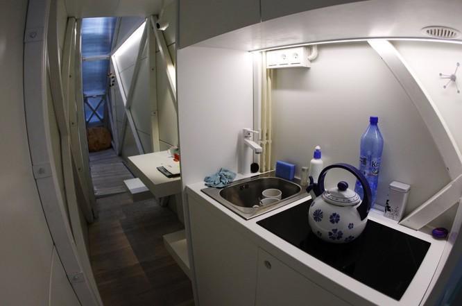 26 bức ảnh khó tin về cuộc sống trong những căn nhà siêu nhỏ ảnh 16