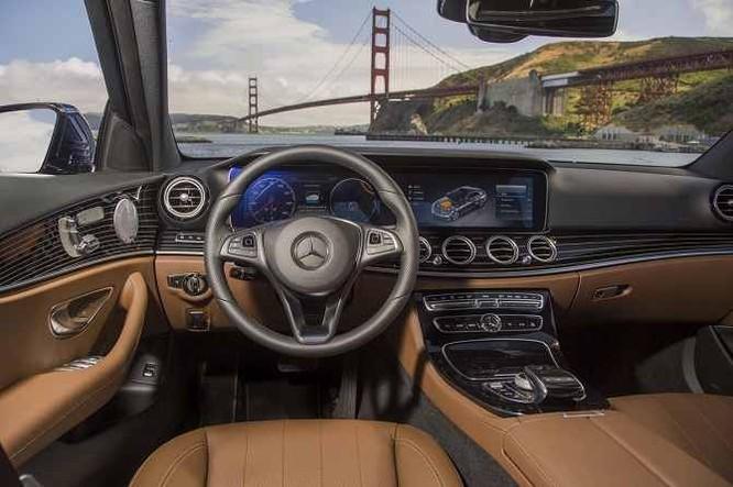Điểm danh 9 mẫu sedan có công nghệ tiên tiến nhất 2017 ảnh 2