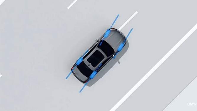Điểm danh 9 mẫu sedan có công nghệ tiên tiến nhất 2017 ảnh 12