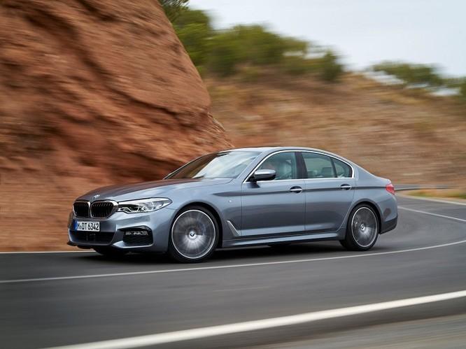 Điểm danh 9 mẫu sedan có công nghệ tiên tiến nhất 2017 ảnh 13
